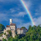 #niederrheinfoto   Schloss Lichtenstein mit Regenbogen - Burgenromantik am Albtrauf