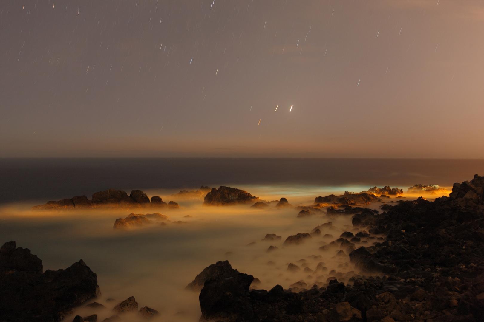 night view, sea and stars in La Réunion