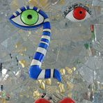 "Niki de Saint-Phalle --- Gesicht in ""der Grotte"""