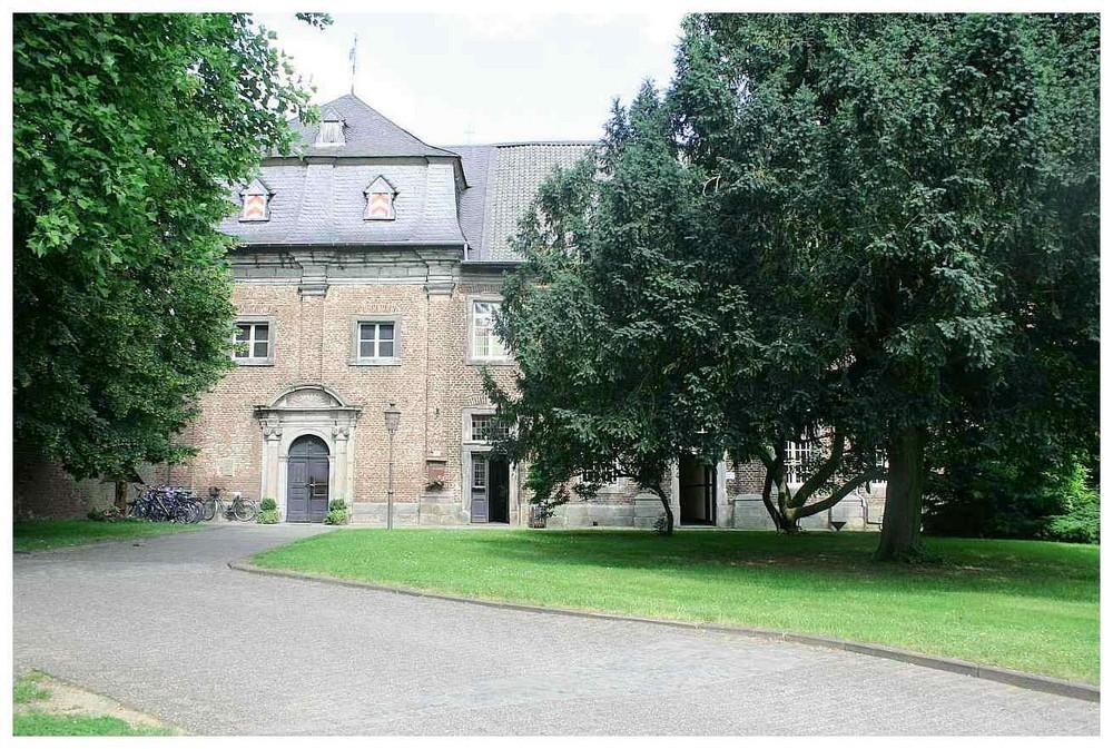 Nikolauskloster Jüchen
