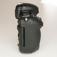 Nikon D4 zu verkaufen 5