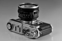 Nikon SP mit Nikkor-N 1:1,1