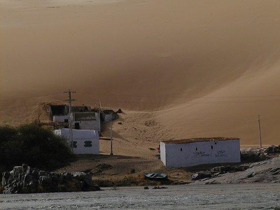 Nil - Village  - Wüste