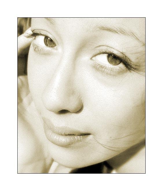 Nina Portrait (neu)