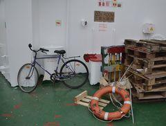 Nine million bicycles in Beijing,aber nur eines auf der Tong Hai