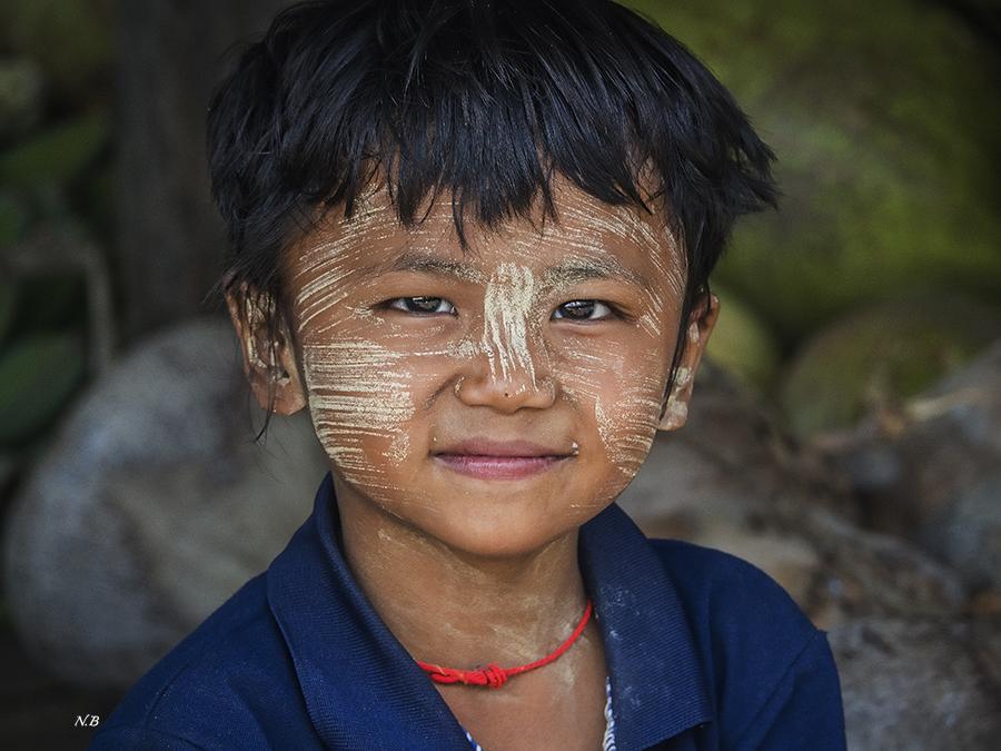 Niño Birmano.