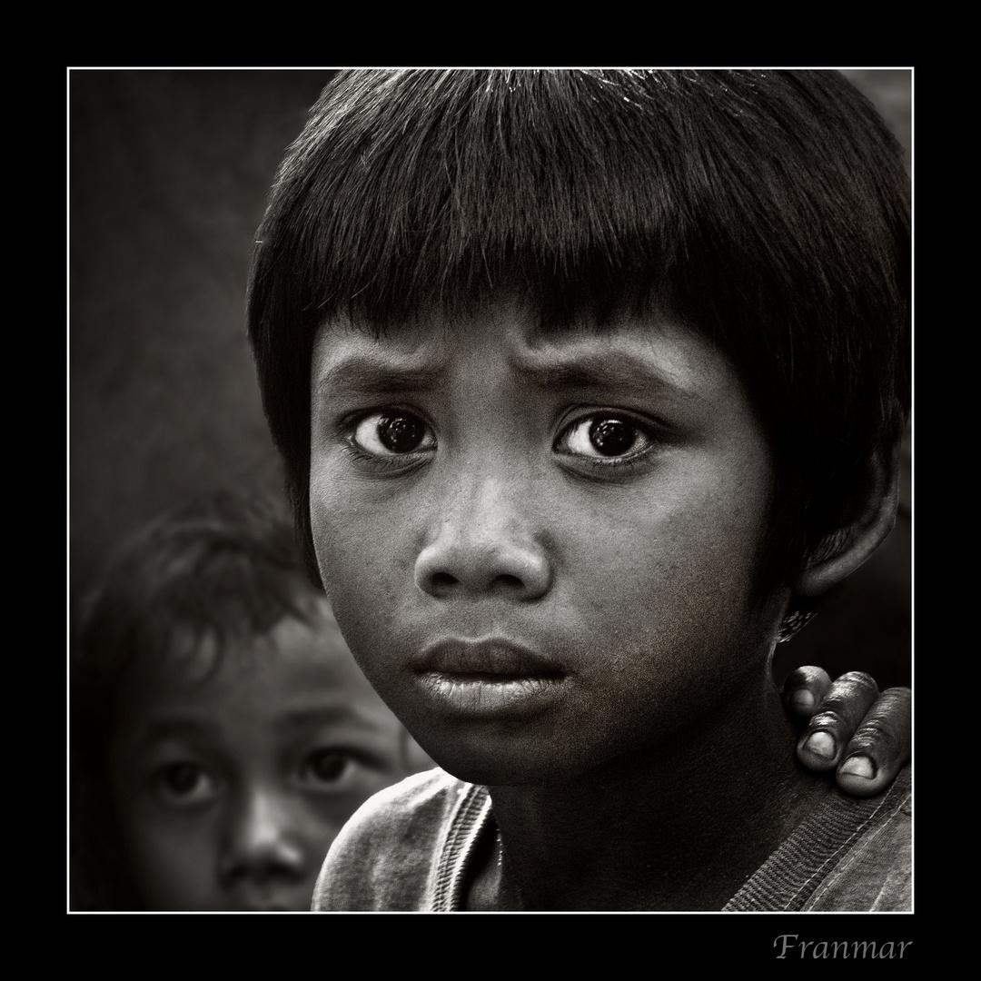 Niño de Laos