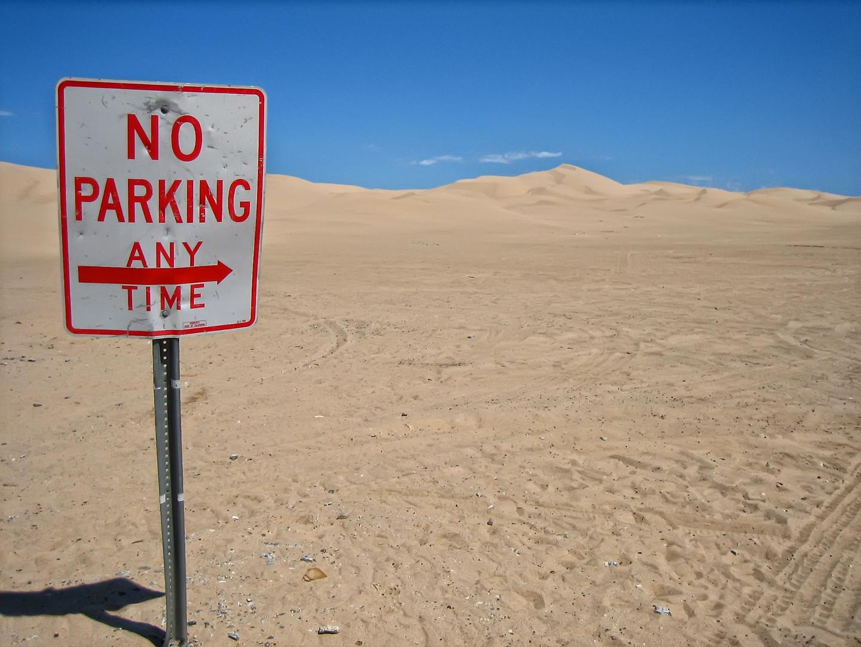 No Parking...