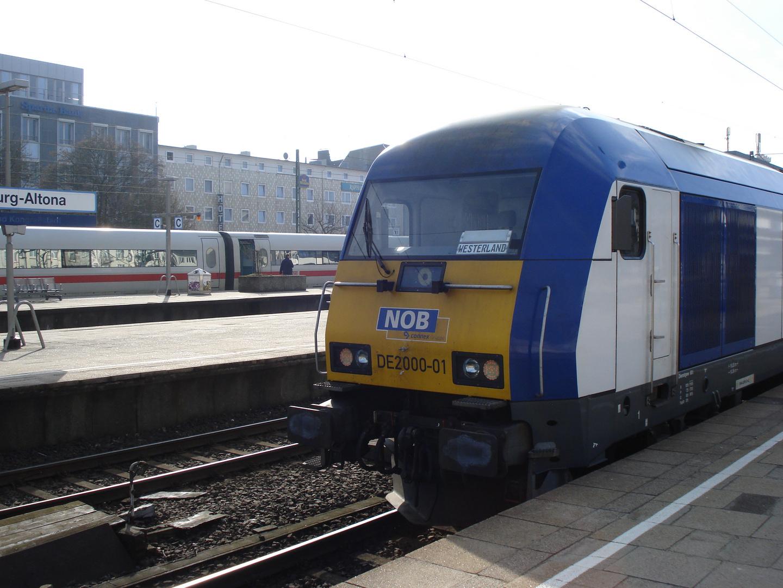 NOB 80612 vor Abfahrt in Hamburg Altona