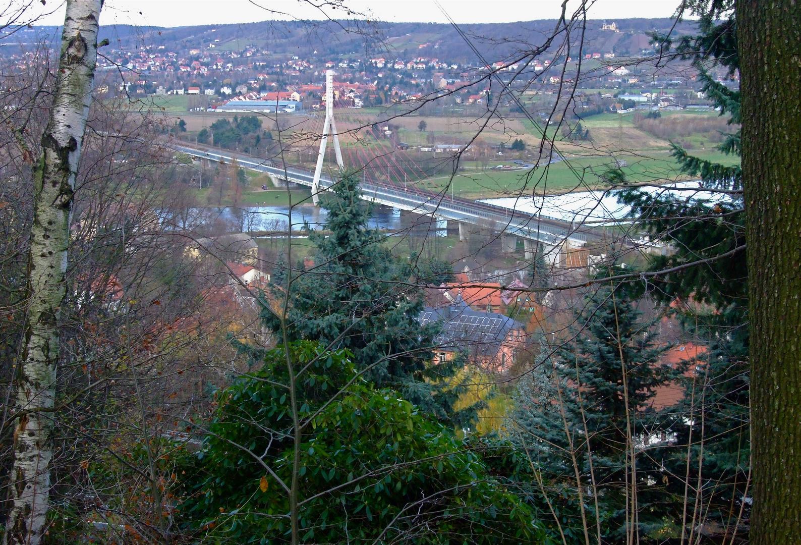 °°° Noch ein Blick über die Elbe - nach Radebeul zu Filipa(da war ich schon) °°°