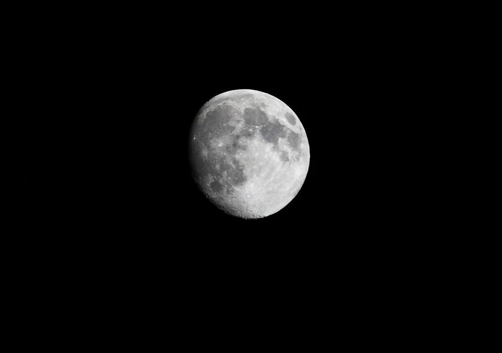 Noch ein Mond