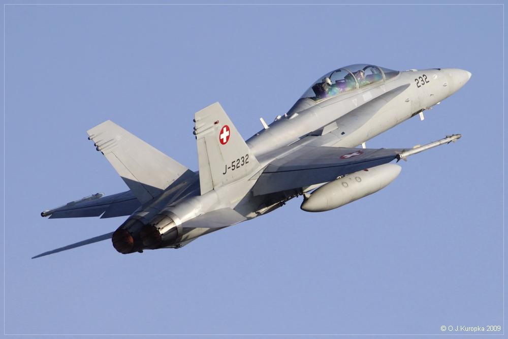 ... noch eine F/A18 der Schweizer Luftwaffe ...