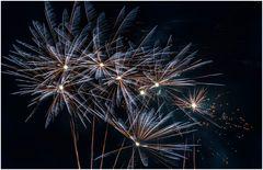 noch mehr Feuerwerk
