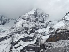 Noch sind die Berge nur gezuckert... - Une fine touche de neige sur les sommets!