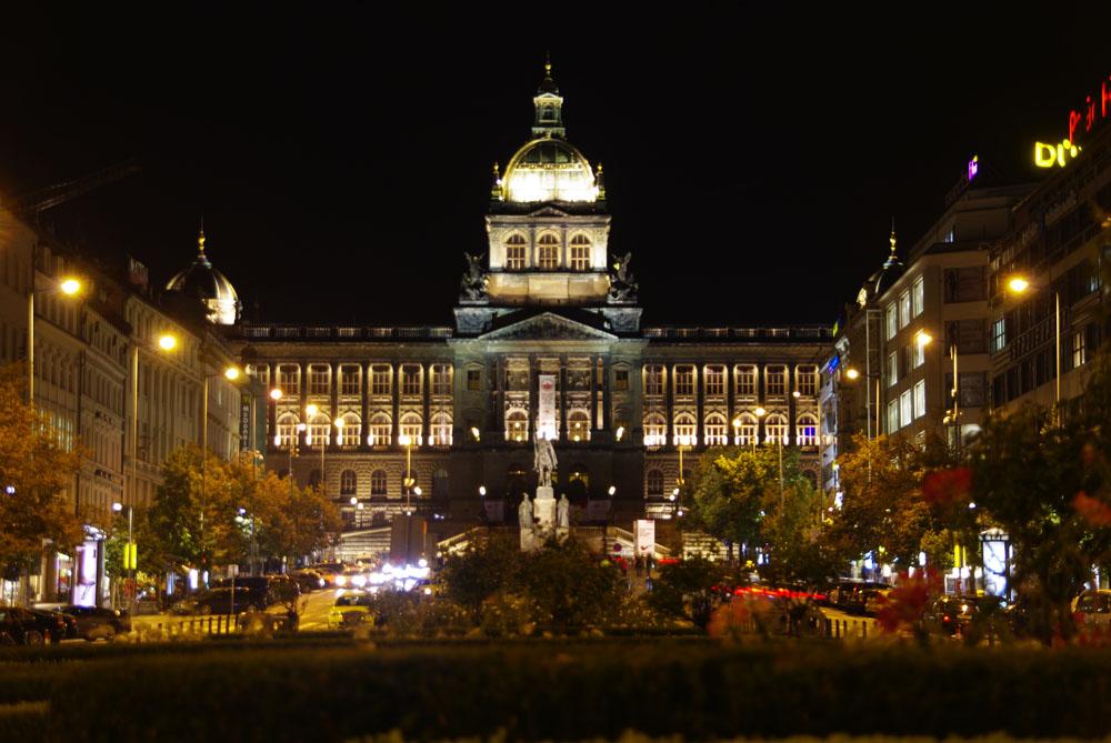 nocturna ayuntamiento de praga