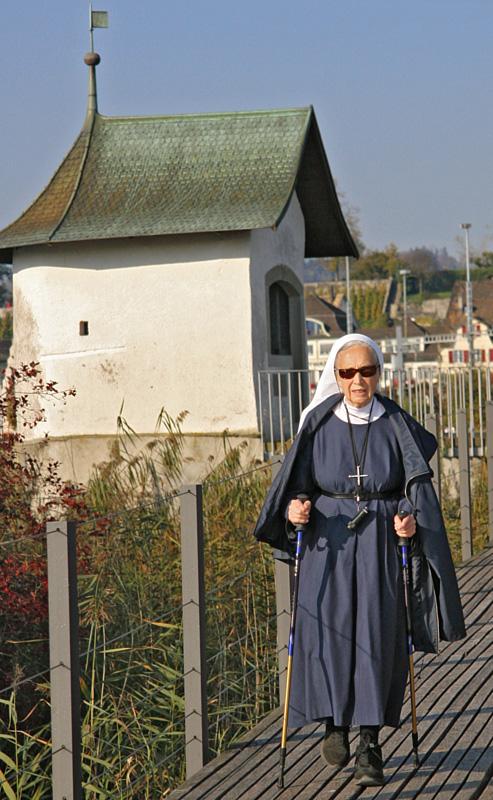 Nonnic Walking