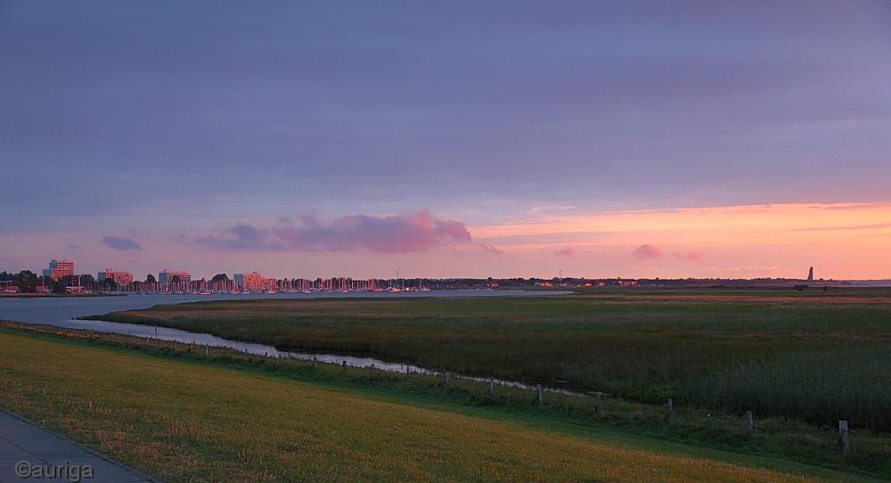 Norddeutsche Landschaft in der Abendsonne