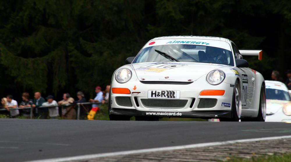 Nordschleife - Porsche im Wippermann