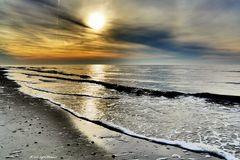 Nordseestrand im Gegenlicht