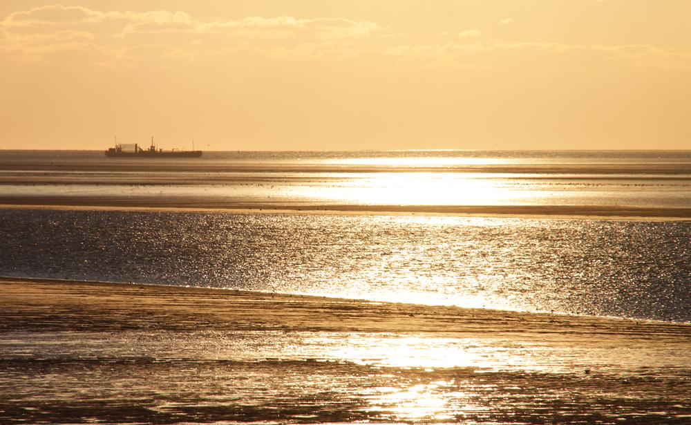 Nordstrand, Priel und Abendsonne