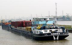 NORMA Schubverband auf dem Rhein unterwegs