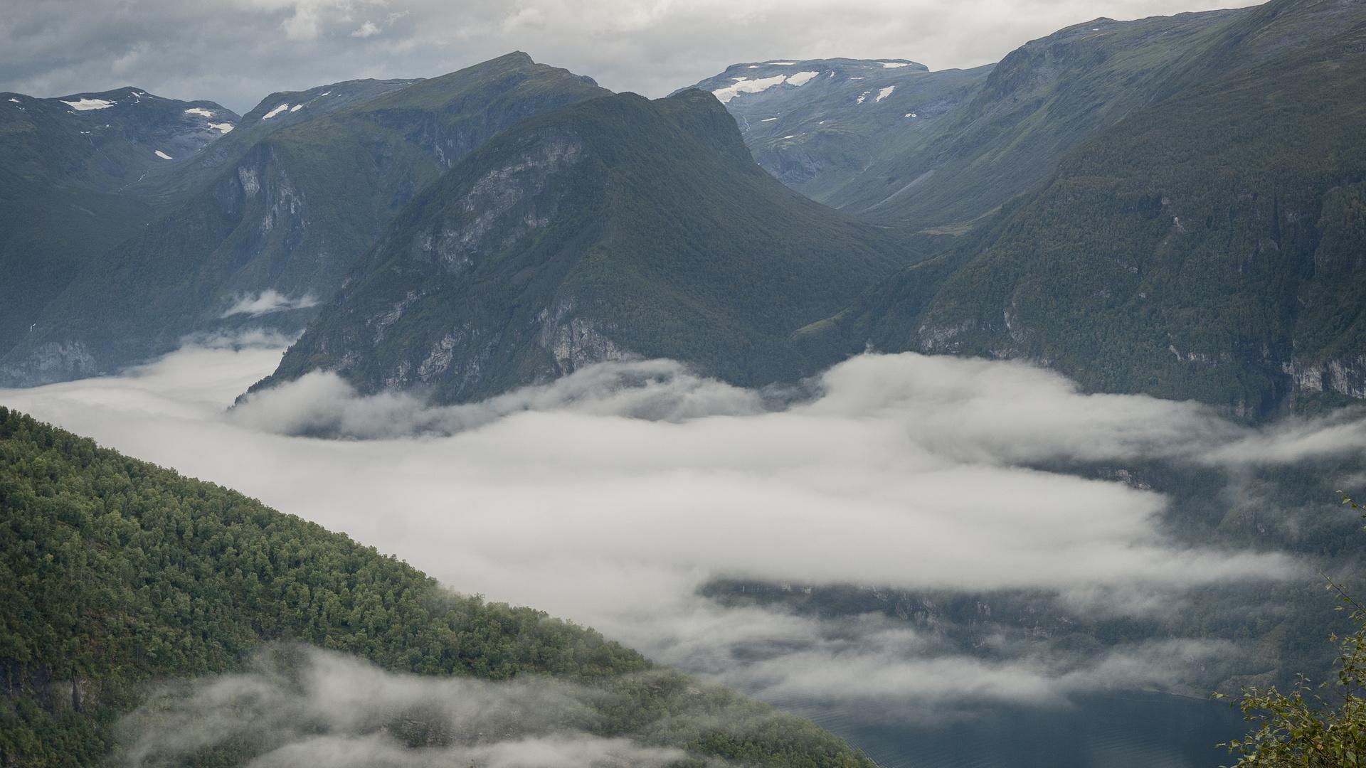 Norwegen 2011 Aurlandfjord