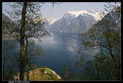 Norwegen, Hjørundfjord, Hustadneset (die Nase von Hustadnes) - View of the hjørundfjord