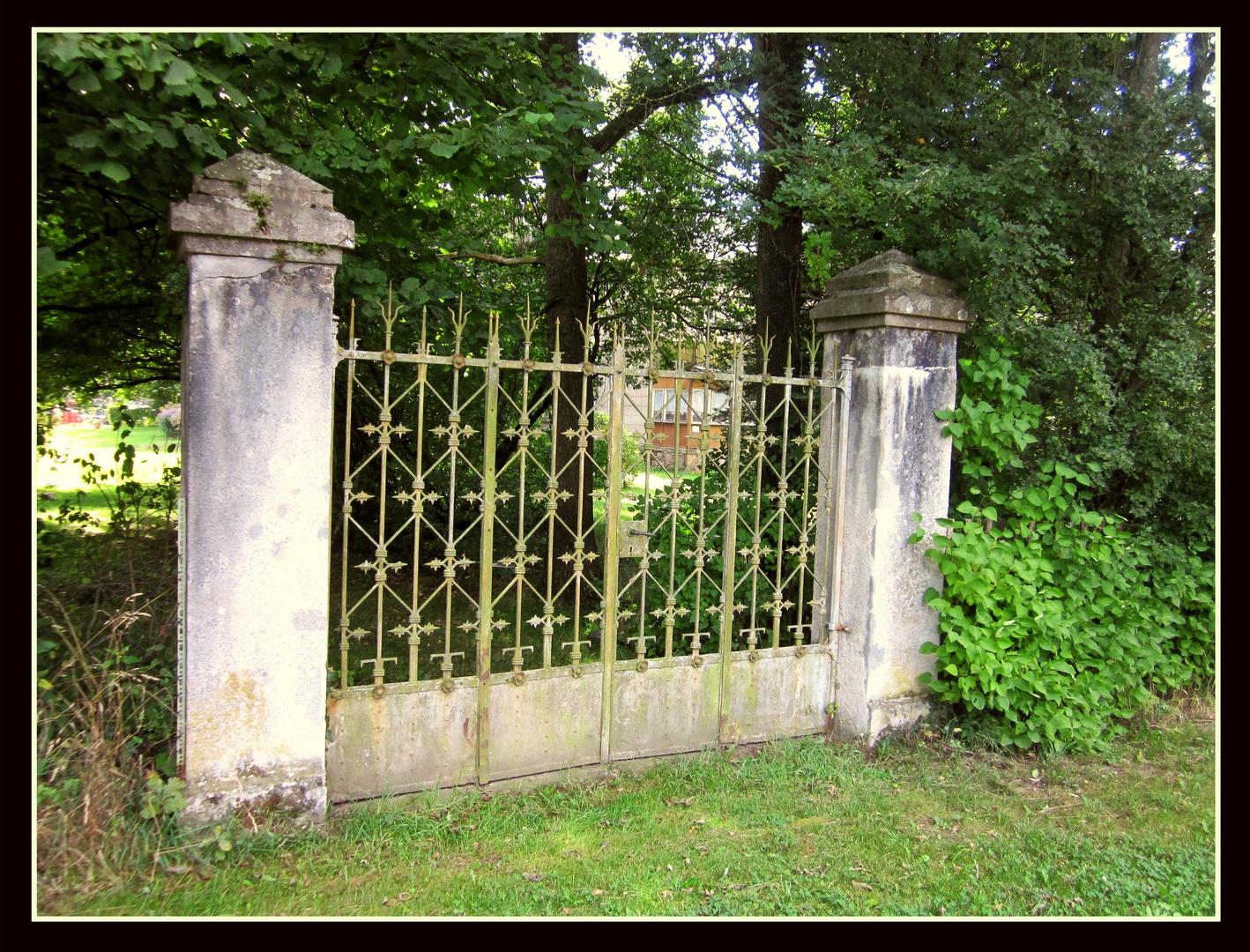 Nossen - Tor an der Klostermühle