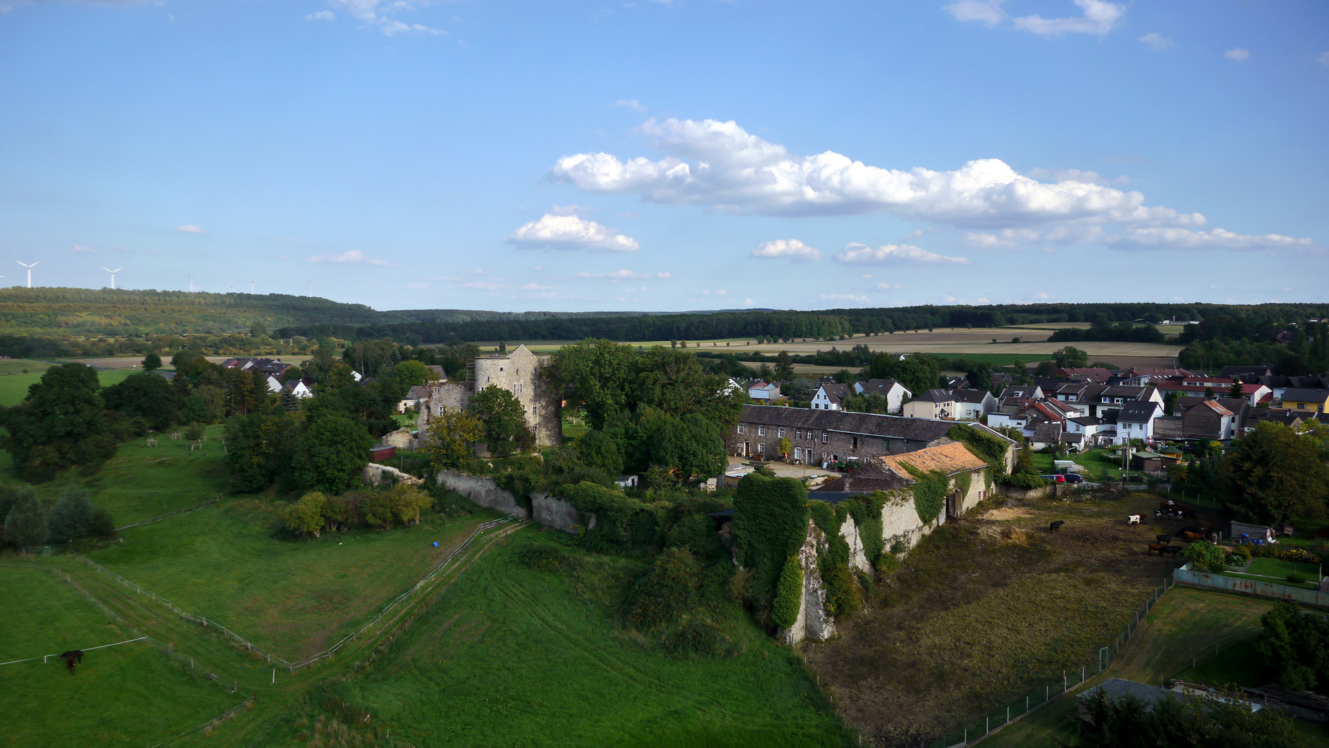 Nothberger Burg aus der Luft
