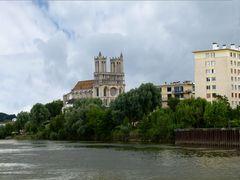 Notre Dame .....