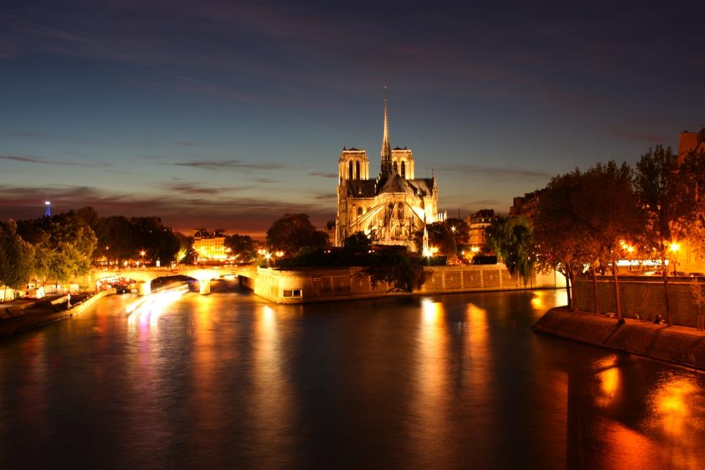 - Notre Dame -