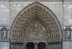Notre-Dame - Hauptportal - Ausschnitt