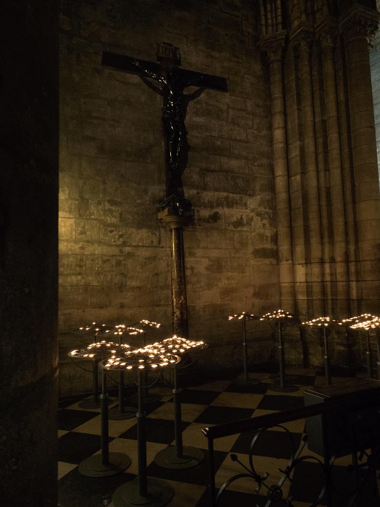 Notre Dame Kerzen