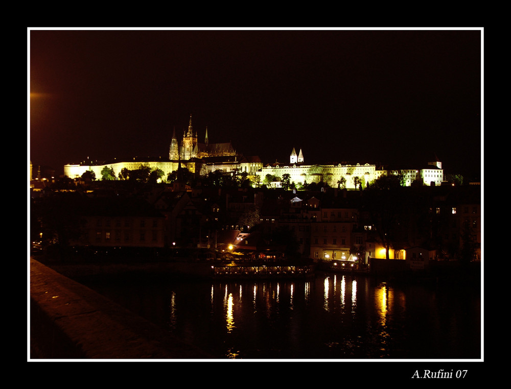 Notturno dal ponte Carlo