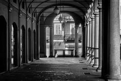 Novara, via Giuseppe Ravizza, portico