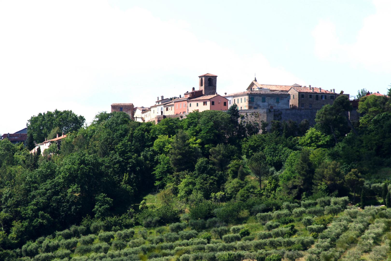 Novilara: un belvedere sulla città di Pesaro (da Vi ...