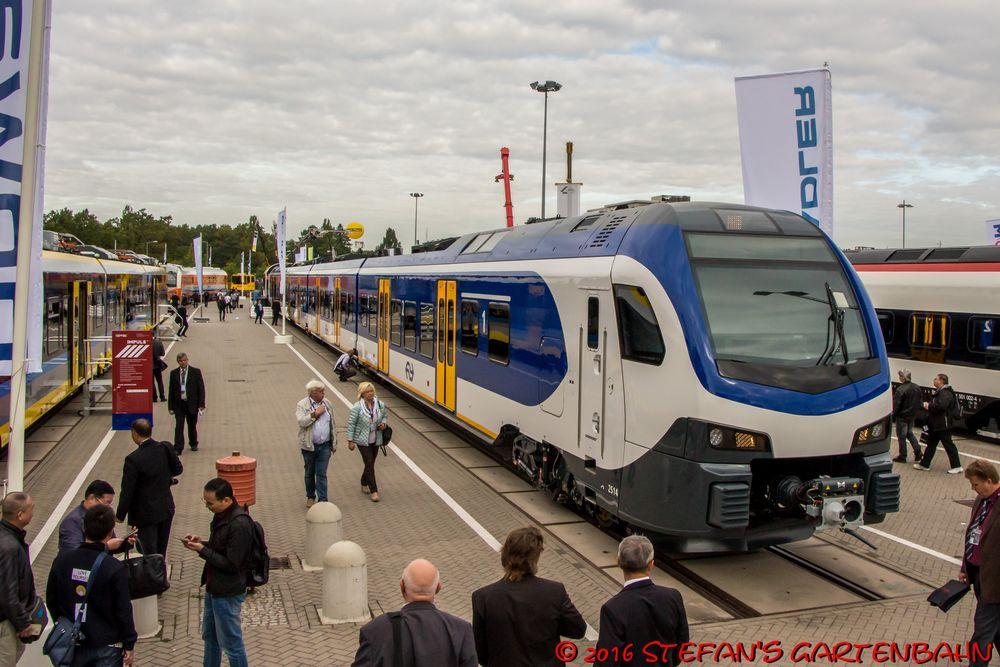 NS FLIRT von Stadler Foto & Bild | berlin, eisenbahn