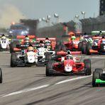 Nürburgring - Start des Renault Formula A Rennens