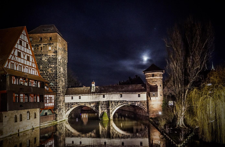nürnberg at night