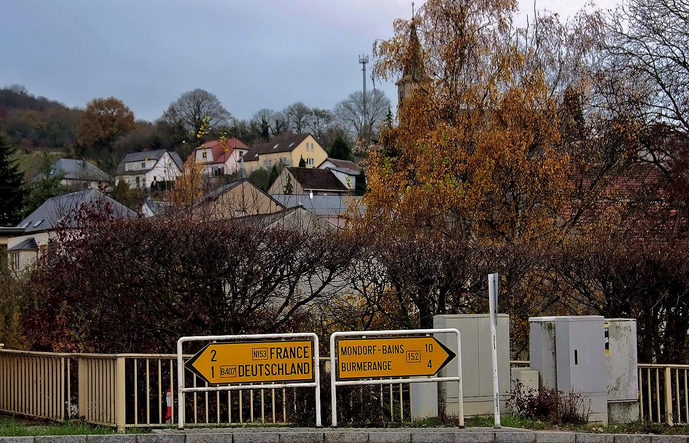 Nur 2 km bis Frankreich und nur 1 km bis Deutschland ...