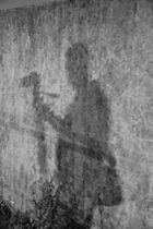 Nur ein Schatten an der Wand