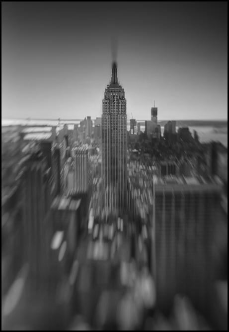 N.Y. esb bw