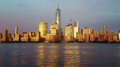 NY Skyline im Abendlicht