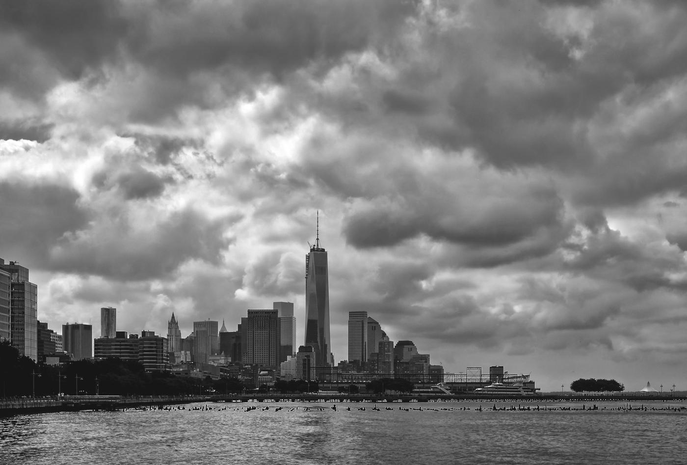 NYC B & W 196