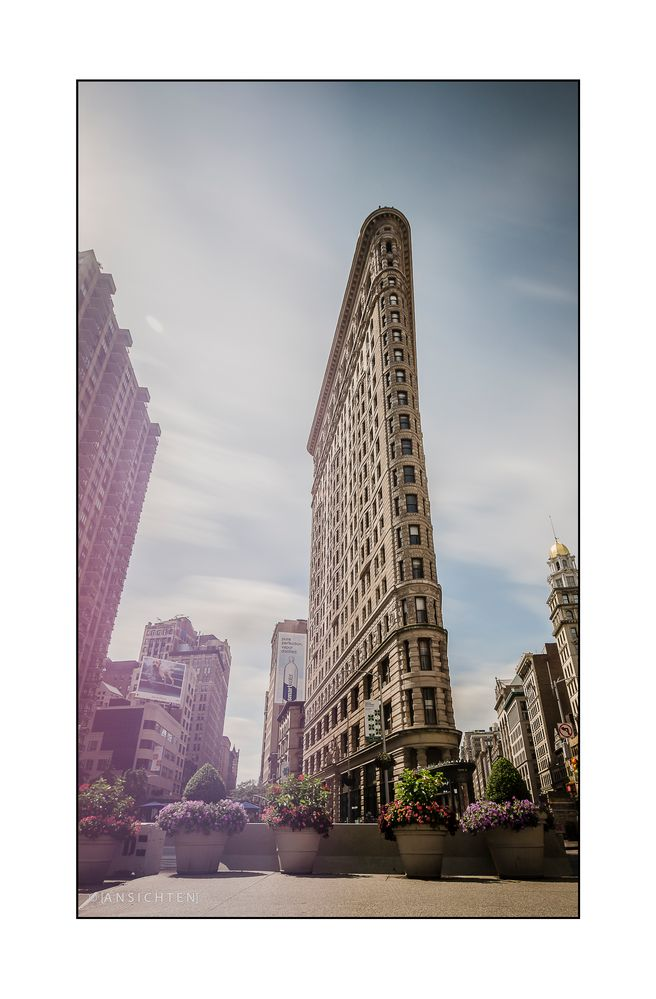 [NYC - flat iron building]