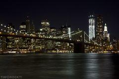 NYC Skyline At Night / Brooklyn Bridge