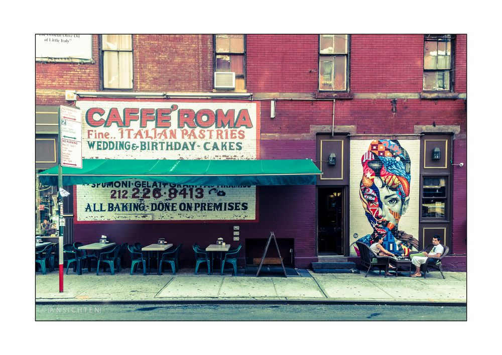 [NYC_008_Little_Italy_Cafe]