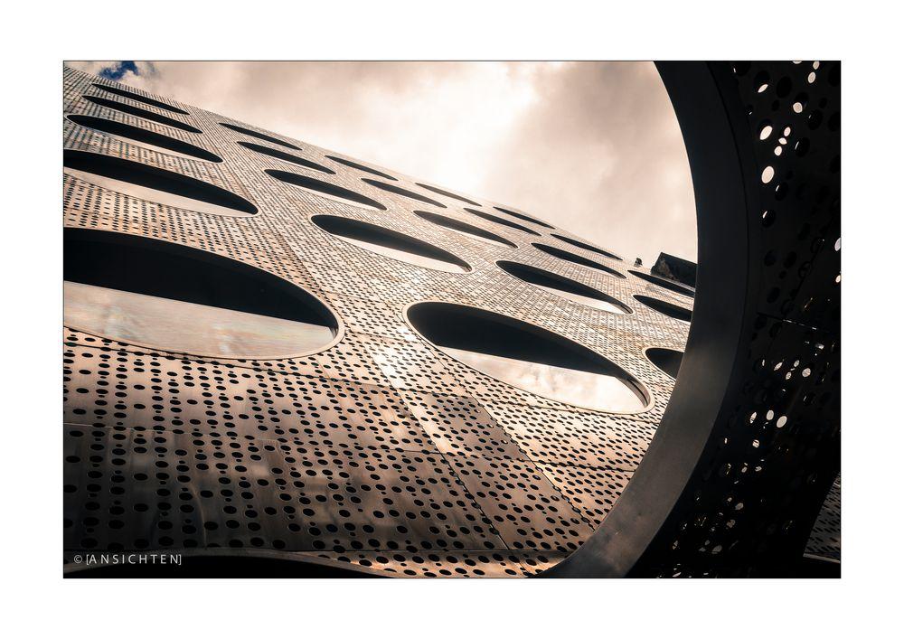 [NYC_018_facade]