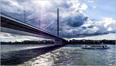 Oberkasseler Brücke