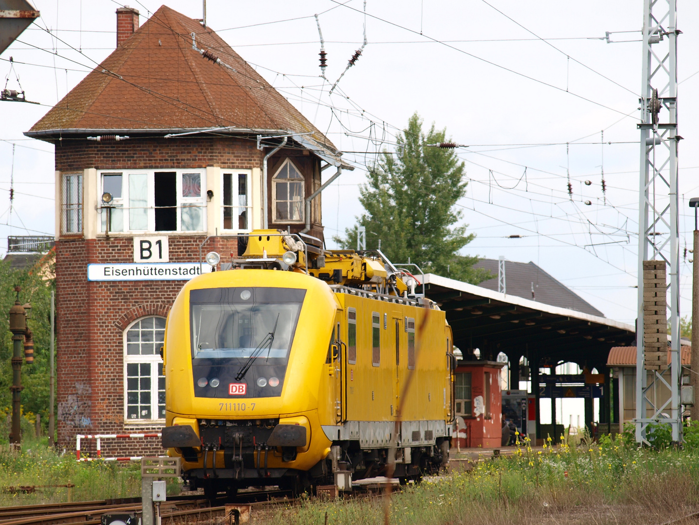 Oberleitungsrevisionstriebwagen 711 110-7
